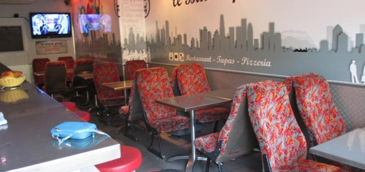 Photo N°4 : LE BUS CAFE